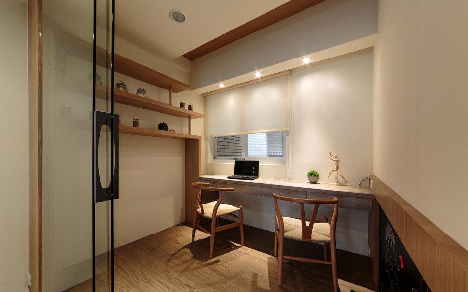 现代风格书房兼客房装修效果图