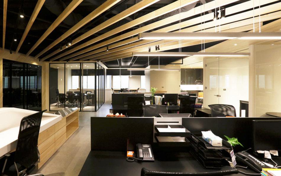 现代风格办公区装修图片