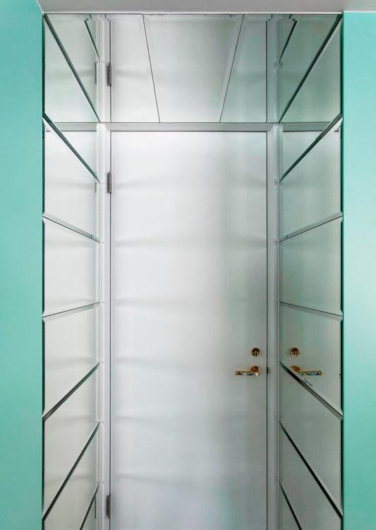 现代风格衣柜效果图