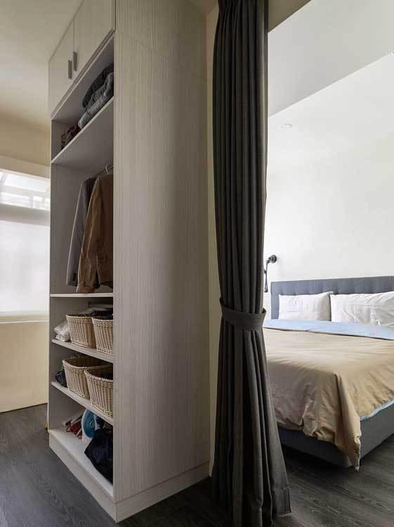 现代风格卧房收纳效果图