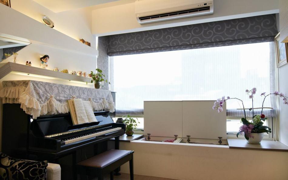 现代风格窗边卧榻欣赏图