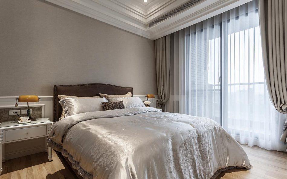 美式风格床头墙装修案例