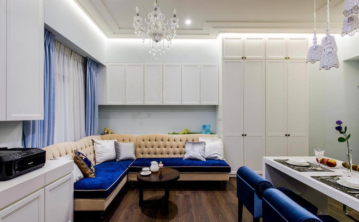 新古典沙发区效果图