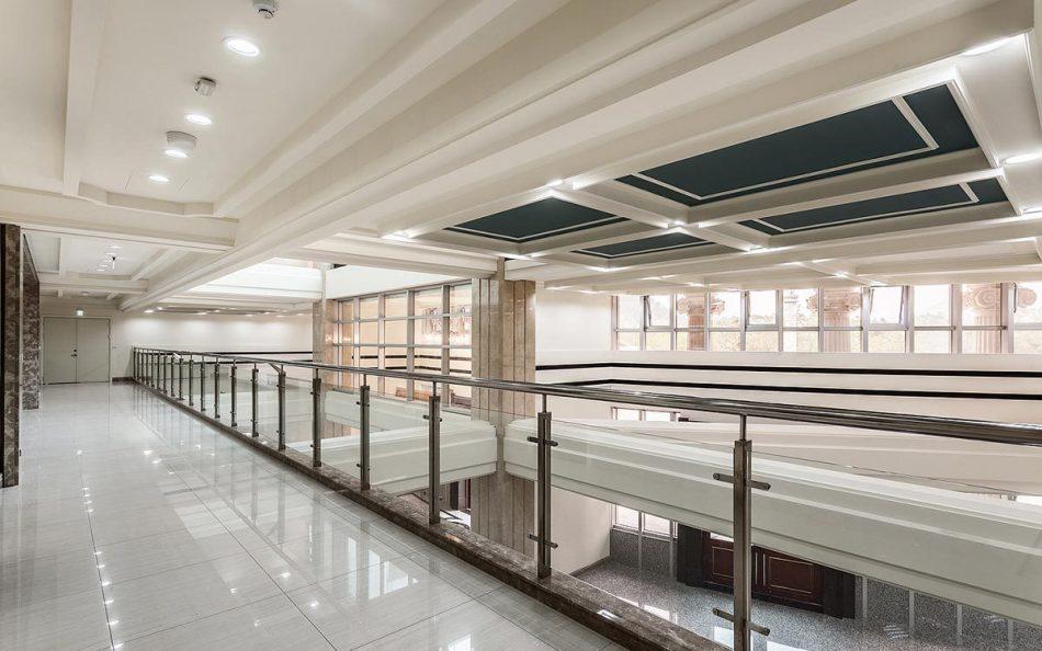 现代新古典风格廊道装修案例