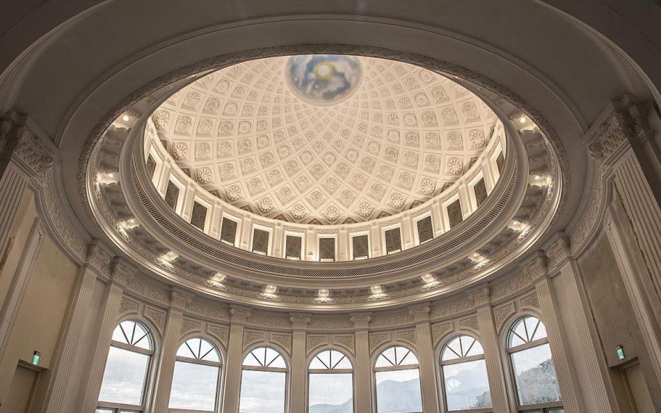 现代新古典风格圆屋顶装修案例