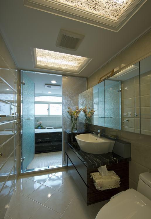 新古典卫浴装修效果图