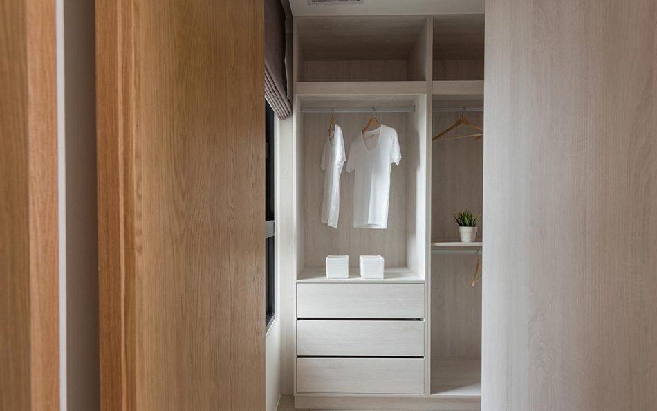 现代风格更衣室效果图