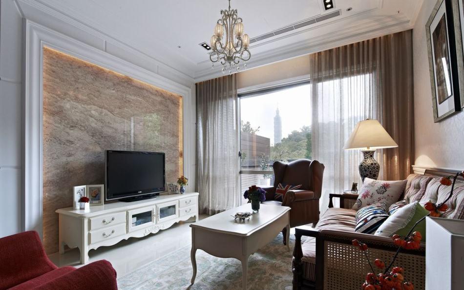 古典风格电视主墙装修案例