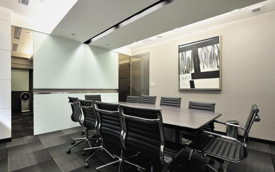 现代风格会议室效果图