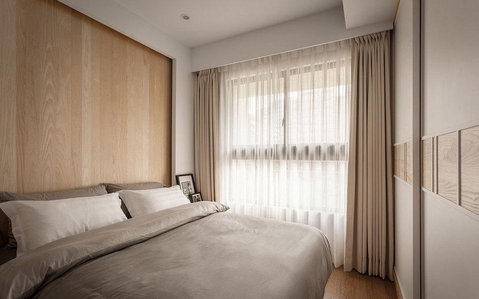 现代风格次卧房装修案例
