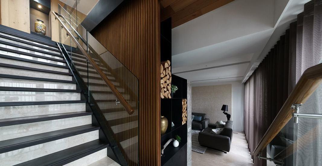现代风格楼梯改向图片