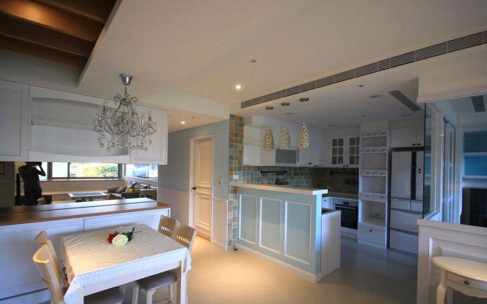美式风格餐厅与厨房装修案例