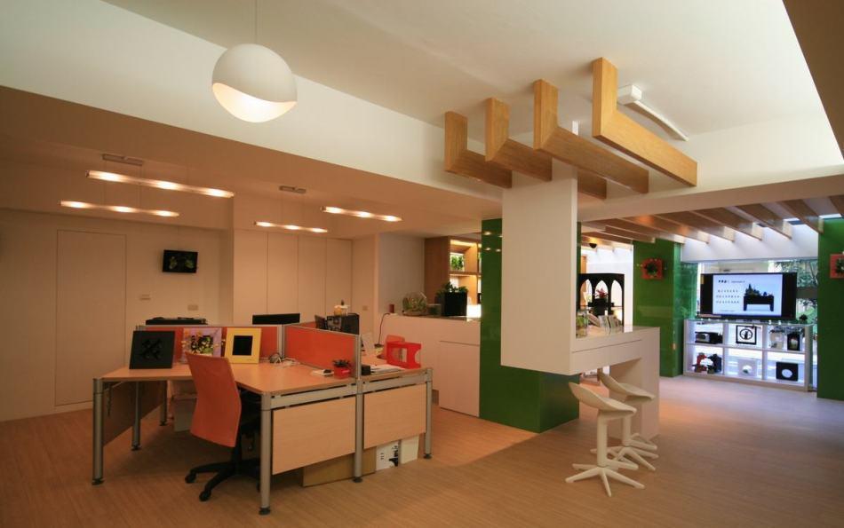 休闲多元办公区设计图片
