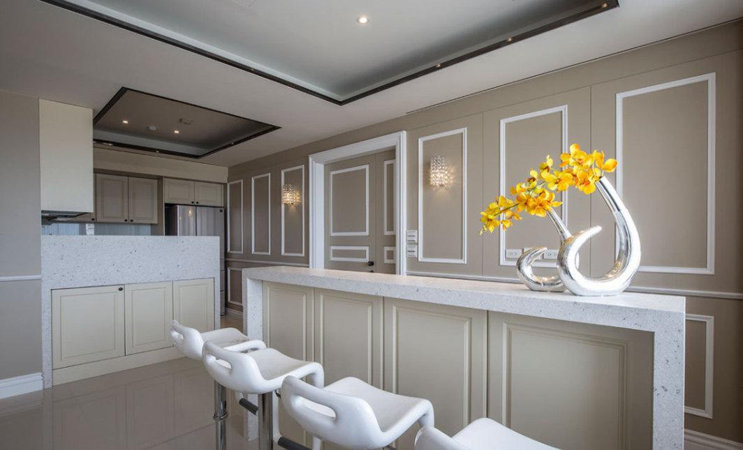 古典风格厨房与吧檯区图片