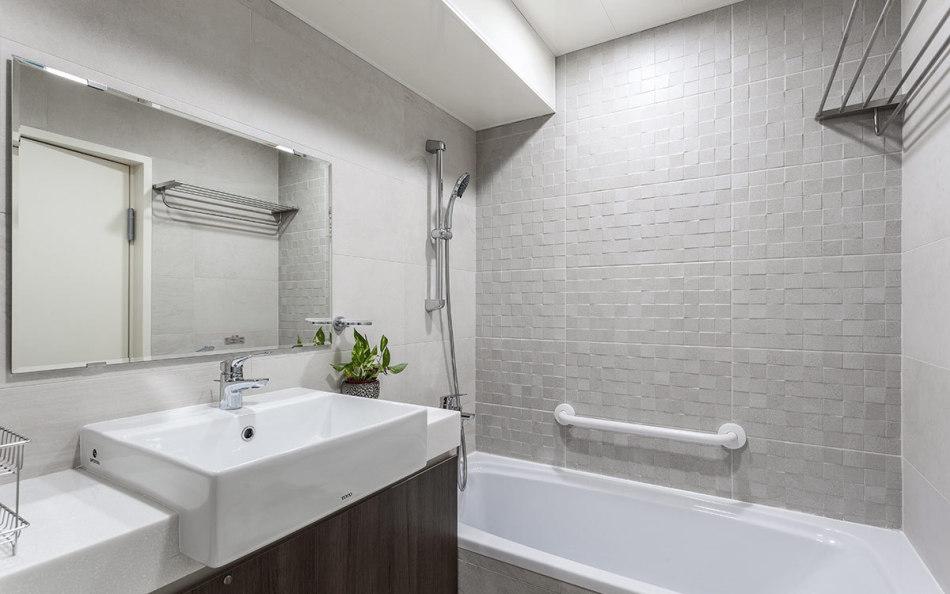 休闲多元主卧卫浴设计效果图