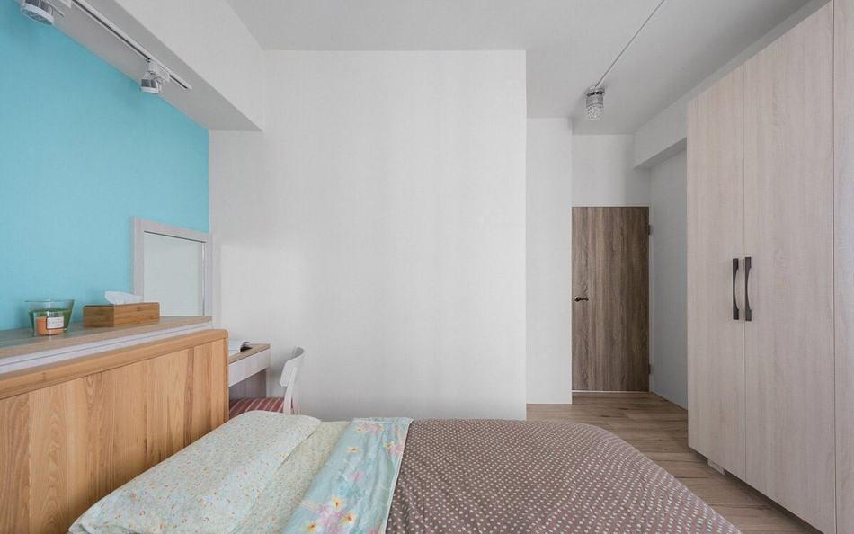 北欧风格主卧室装修案例