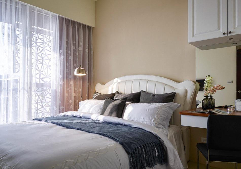 美式风格主卧房设计图片