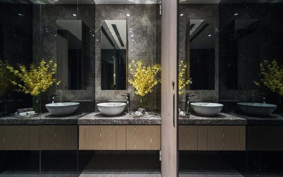 现代风格公共盥洗室图
