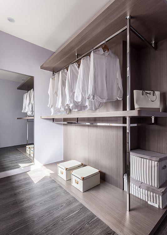 现代风格储衣空间图