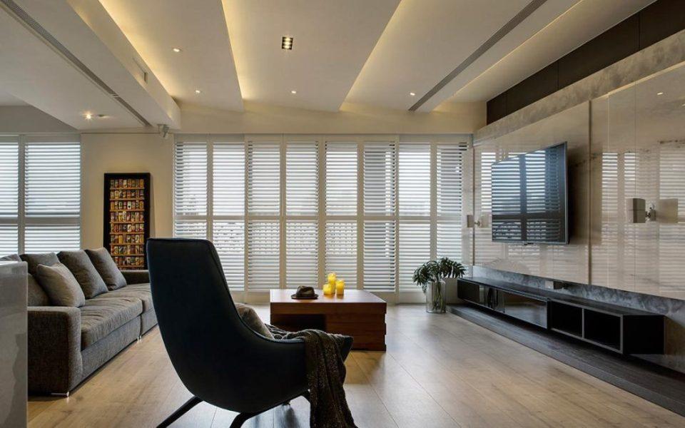 现代风格天花板装修图片