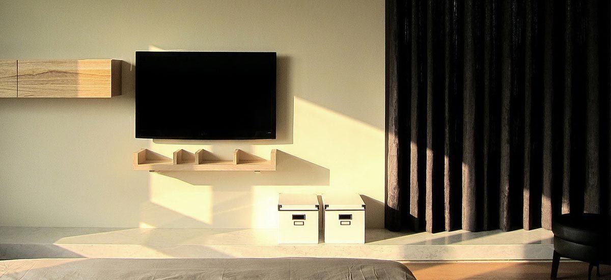 休闲多元主卧电视墙装修案例