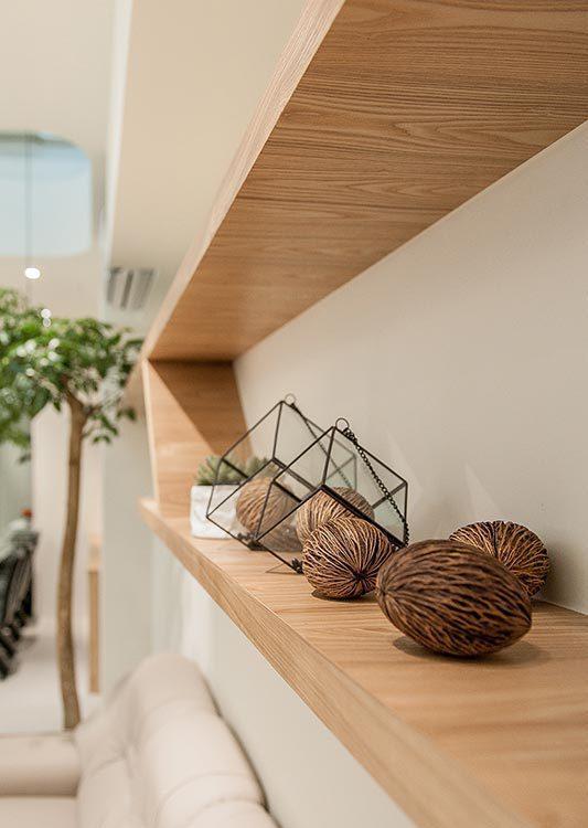 现代风格沙发背墙设计图片