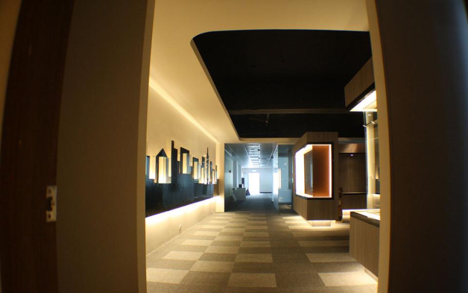 现代风格二楼廊道效果图