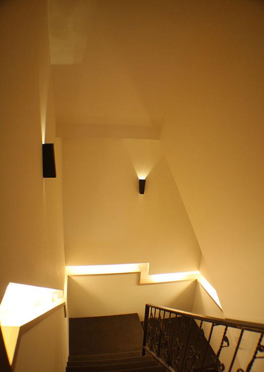 现代风格梯间设计效果图