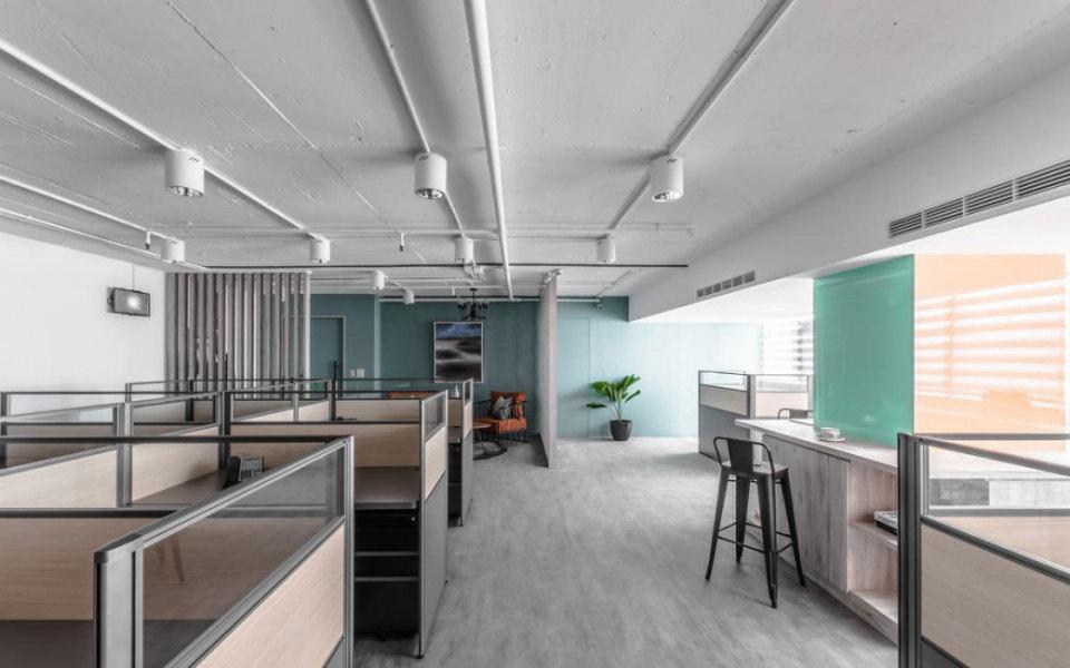 现代风格办公区设计图片