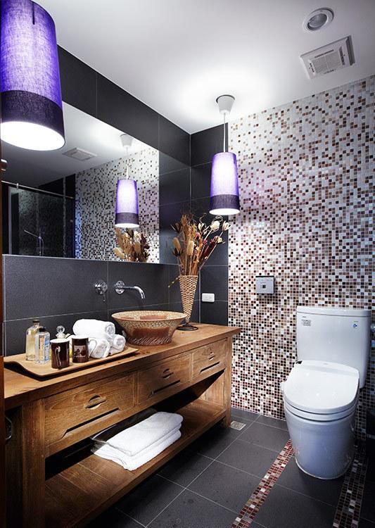 现代风格客用卫浴装修效果图