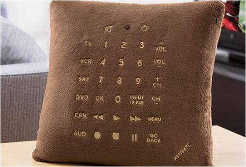 礼物遥控枕头