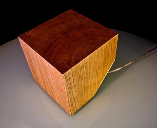 一块木头幼童灯设计