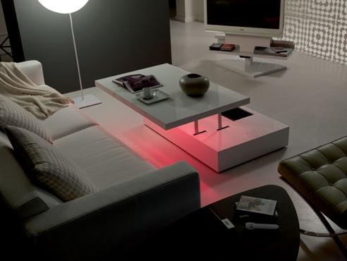 平面和电子运动的LED
