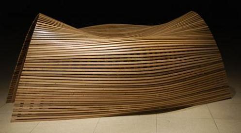 木制长条休闲椅