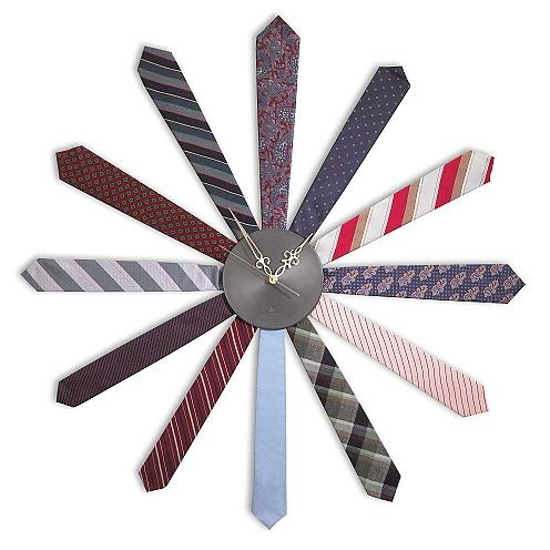 领带挂钟设计风格配