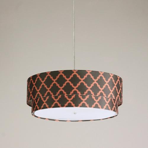 栖息的吊灯是由回收