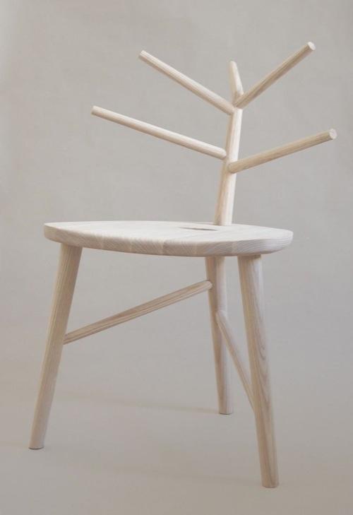 洁白的椅子