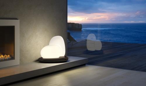 米兰家具展上的灯具